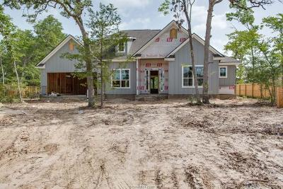 College Station Single Family Home For Sale: 4903 Fallen Oak Cove
