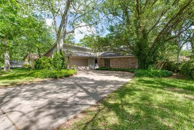 College Station Single Family Home For Sale: 2712 Wilderness Drive