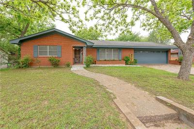 Burleson County Single Family Home For Sale: 303 North Harvey