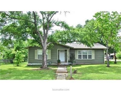Brazos County Single Family Home For Sale: 101 North Brown Street