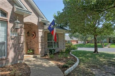 College Station Single Family Home For Sale: 609 Benchmark Drive