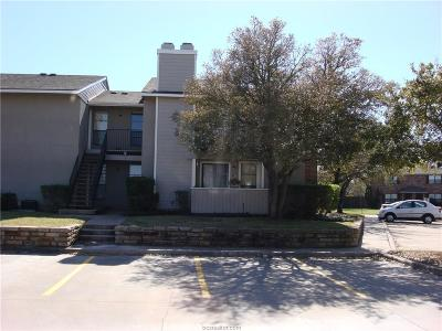 College Station Condo/Townhouse For Sale: 1901 West Holleman Street #208
