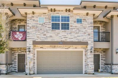 College Station Condo/Townhouse For Sale: 3520 Summerway Drive