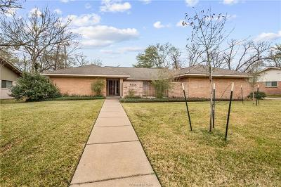 College Station Single Family Home For Sale: 906 Pershing Drive