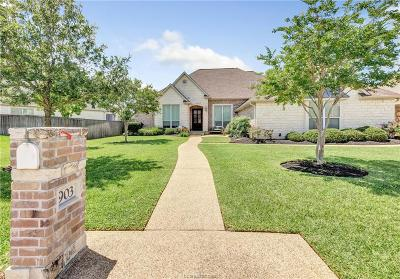 College Station Single Family Home For Sale: 903 Olympic Court