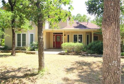 College Station Single Family Home For Sale: 5101 Creek Pvt Lane