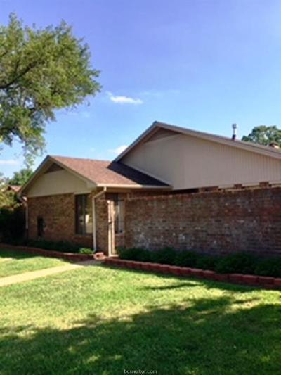 Bryan Single Family Home For Sale: 2911 Broadmoor Drive