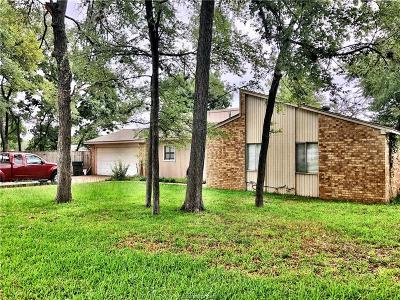 Bryan Single Family Home For Sale: 3202 Forestwood Drive