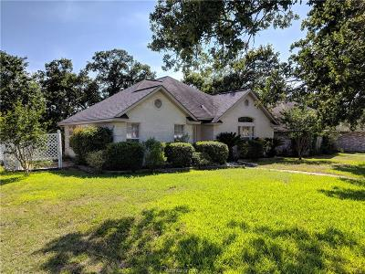Brazos County Single Family Home For Sale: 3116 Pleasant Forest Drive