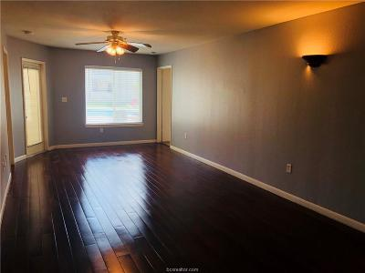 College Station Condo/Townhouse For Sale: 521 Southwest #104