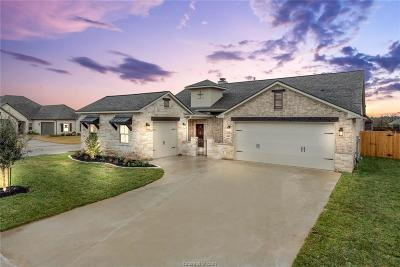 College Station Single Family Home For Sale: 4414 Hadleigh Lane