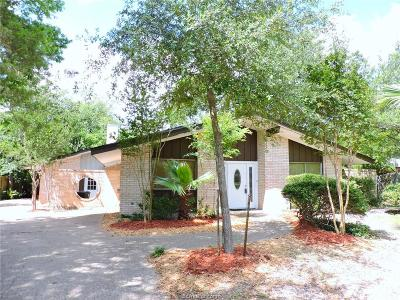 College Station Single Family Home For Sale: 1110 Neal Pickett Drive