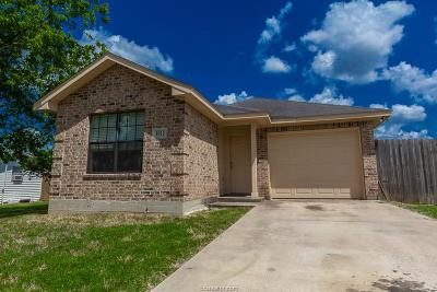 Bryan TX Single Family Home For Sale: $139,900