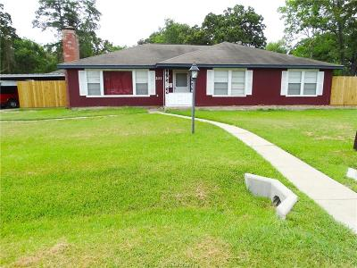 Bryan TX Single Family Home For Sale: $165,000