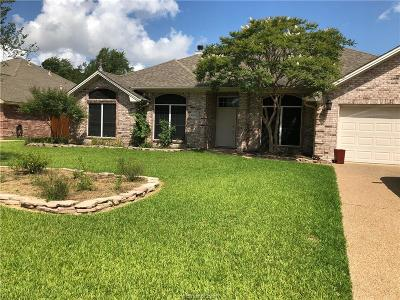 College Station Single Family Home For Sale: 9004 Timber Knoll Drive