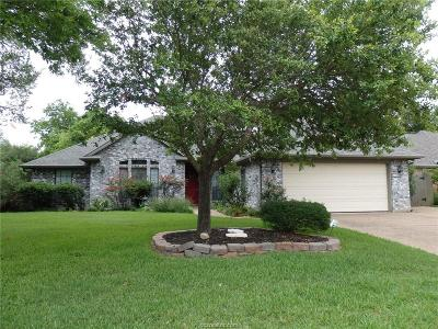 College Station Single Family Home For Sale: 2608 Wingate Court