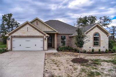 College Station Single Family Home For Sale: 2702 Talsworth Drive