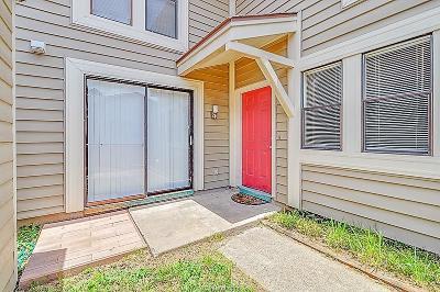 Bryan Condo/Townhouse For Sale: 2101 Barak Lane #11