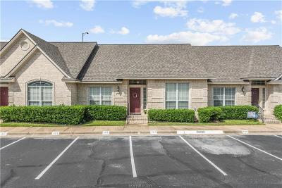 College Station Condo/Townhouse For Sale: 107 Fraternity Row