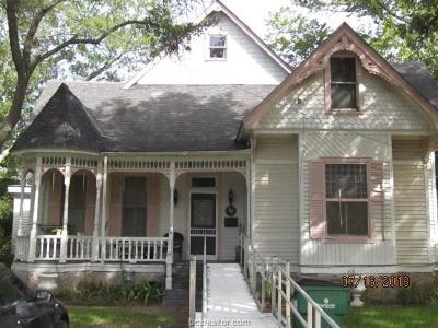 Robertson County Single Family Home For Sale: 404 East Gregg Street