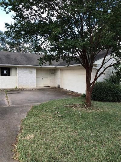 Bryan TX Single Family Home For Sale: $157,000
