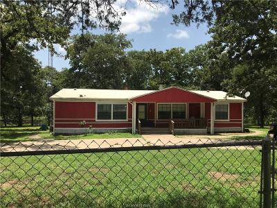Caldwell Single Family Home For Sale: 915 Lakeside Drive