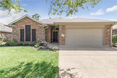 College Station Single Family Home For Sale: 1203 Martinsville Lane