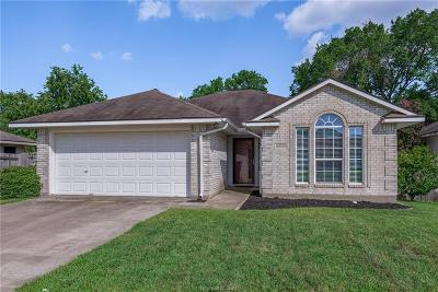 Bryan Single Family Home For Sale: 2800 Bexar Grass Drive