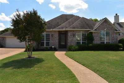 College Station Single Family Home For Sale: 909 Crooked Stick