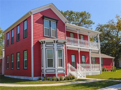 Navasota Single Family Home For Sale: 803 South La Salle Street