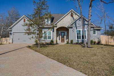 College Station Single Family Home For Sale: 4903 Fallen Oak Cove