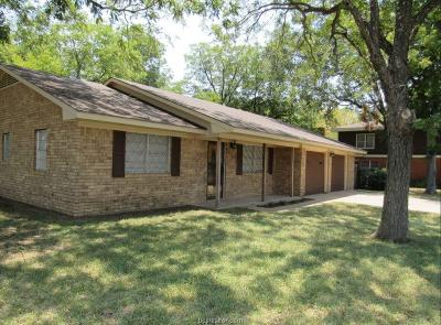 Milam County Single Family Home For Sale: 2005 North Jackson Avenue