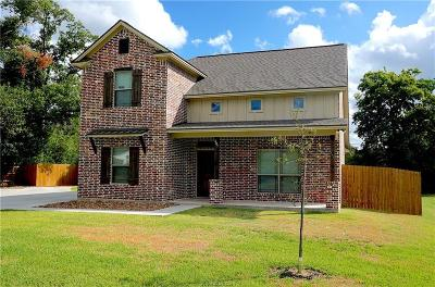 College Station Single Family Home For Sale: 307 Timber Street
