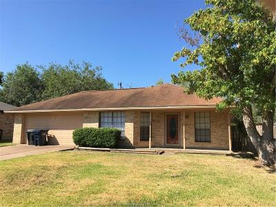 College Station Single Family Home For Sale: 3308 Bahia Drive