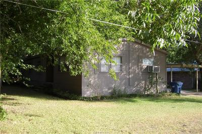 Navasota Single Family Home For Sale: 1108 East Virginia Street