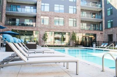 Rental For Rent: 170 Century Square Drive #271