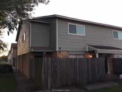 College Station Multi Family Home For Sale: 1807 Treehouse Trail