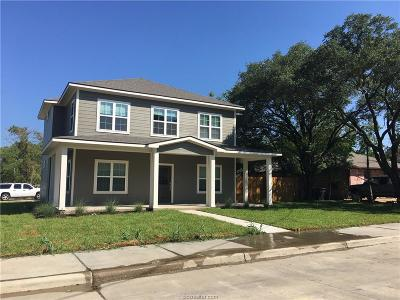 College Station Single Family Home For Sale: 915 Fairview Street