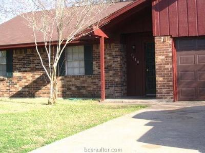College Station Rental For Rent: 1418 Clement Court