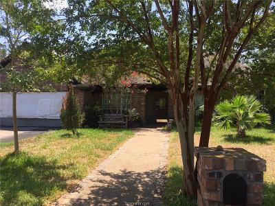 College Station TX Single Family Home For Sale: $167,000