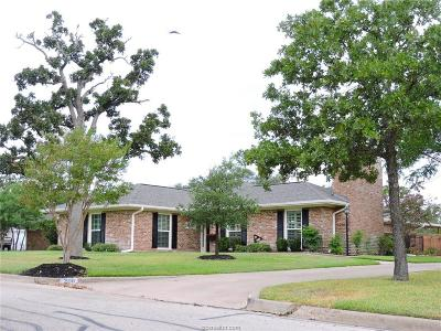 Bryan Single Family Home For Sale: 206 Redbud Street