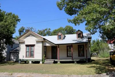 Navasota Single Family Home For Sale: 112 North Jones Street