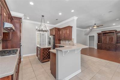College Station Single Family Home For Sale: 5111 Whistling Straits Drive