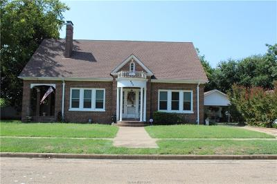 Milam County Single Family Home For Sale: 605 E. 10th