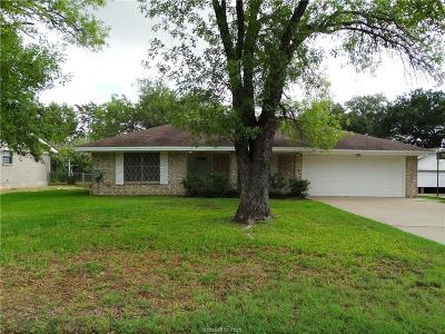 Bryan Single Family Home For Sale: 1909 Carter Creek Parkway