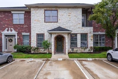 College Station Condo/Townhouse For Sale: 334 Forest Drive