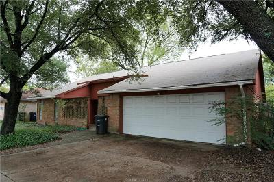 College Station Single Family Home For Sale: 1202 Holleman Drive