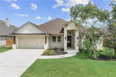 College Station Single Family Home For Sale: 2711 Wolveshire