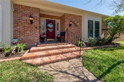 Brazos County Condo/Townhouse For Sale: 1326 Lyndhurst Drive