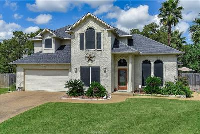 College Station Single Family Home For Sale: 3701 Bridle Trails Court